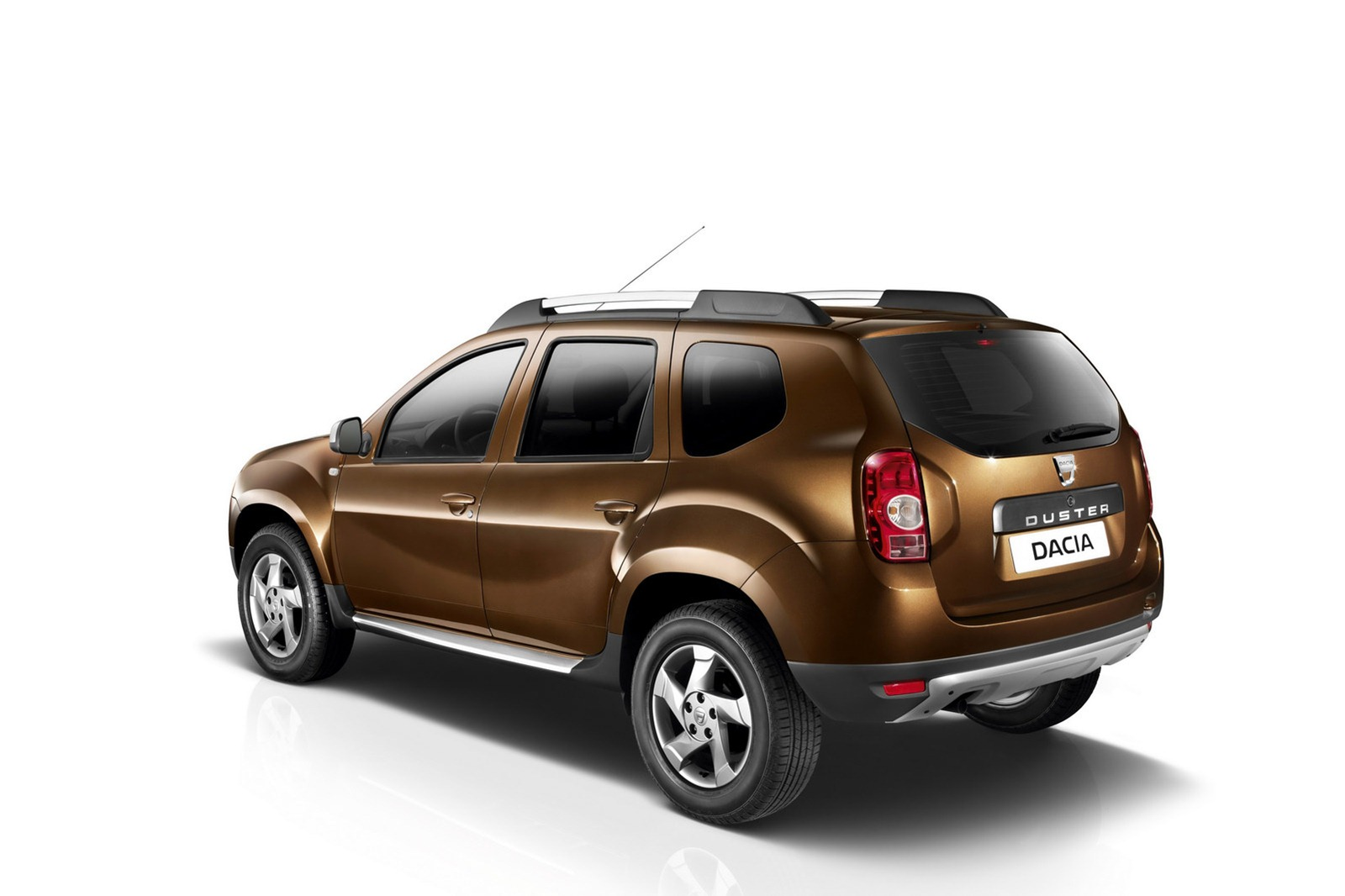 dacia duster is the uk 39 s cheapest suv at 8 995 otr telescars. Black Bedroom Furniture Sets. Home Design Ideas