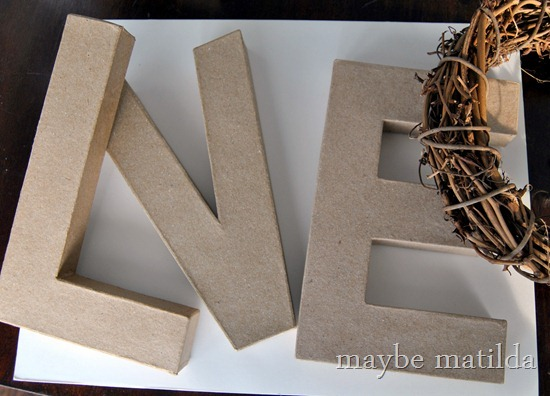 How to make rustic faux-distressed 'Love' letters