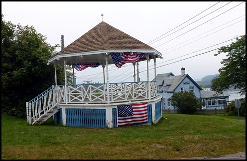 01e - visiting Lubec - Town Bandstand