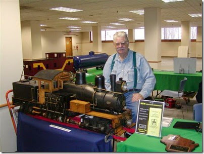 tt040051 Milwaukee Light Engineering Society at TrainTime 2004