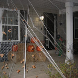 Trick-or-Treating 10-31-11 (7).JPG