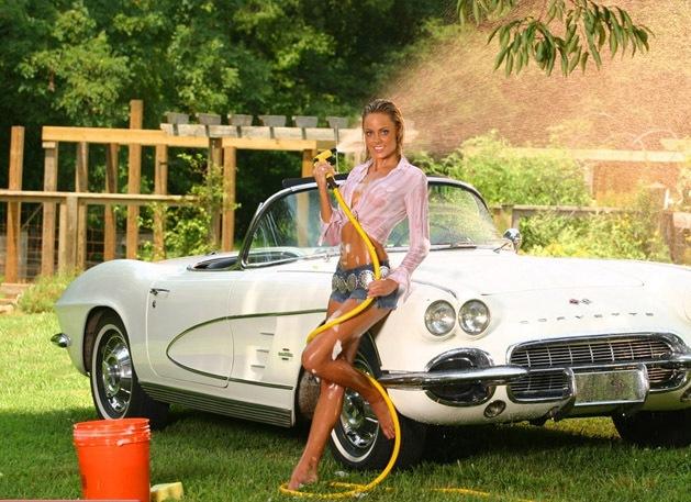 [hot_women_and_cars_2%255B7%255D.jpg]