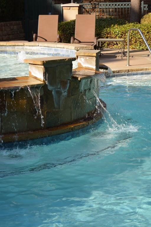 pool 011