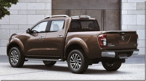 nissan_np300_navara_double_cab_th-spec_22