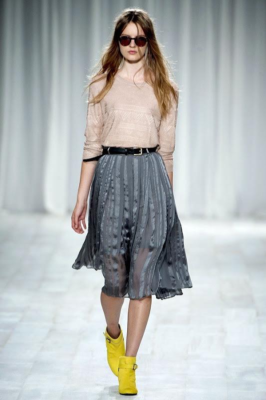 London Fashion Week - Paul Smith (Spring 2012) 6