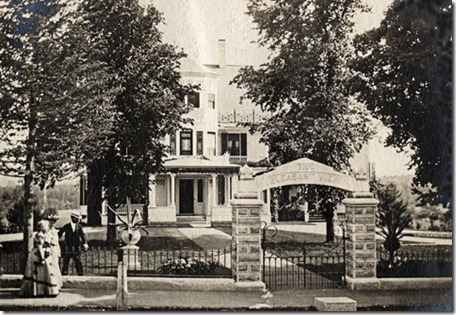 1903_Pleasant-Street-em-Concord-Neww[1]