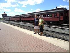 kids by strasburg train 3