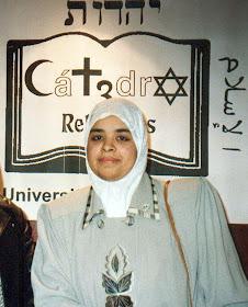 Latifa Boumediane en la Cátedra de las 3 Religiones de la Universitat de Valencia.
