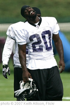 'Ed Reed' photo (c) 2007, Keith Allison - license: http://creativecommons.org/licenses/by-sa/2.0/