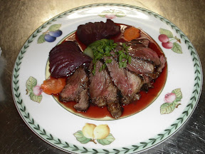 Eminc&eacute; de filet de Boeuf au cassis.JPG