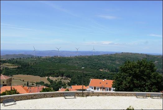 Gloria Ishizaka - Guarda - vista a partir da Torre de Menagem
