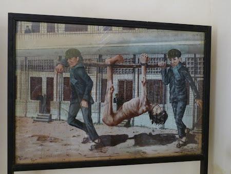 Khmerii rosii Phnom Penh: reconstituire