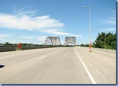 4709 Minnesota - State Route 77 - Cedar Avenue Bridge across Minnesota River btwn the Minneapolis-St. Paul suburbs of Bloomington and Eagan