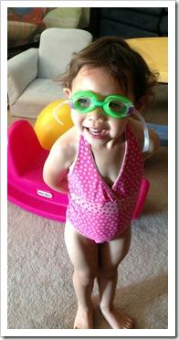 Bella goggles 8-13