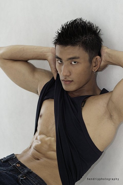 Asianmales-Little Shirtless Sexy with Unknown Male Model-01