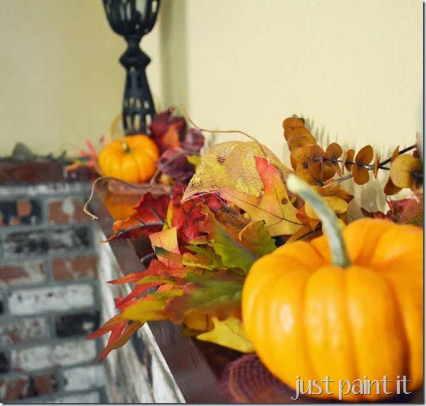 Fall-Mantel-Upstairs-F