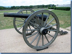 2308 Pennsylvania - Gettysburg, PA - Gettysburg National Military Park - Gettysburg Battlefield Tours - canon at Eternal Light Peace Memorial stop