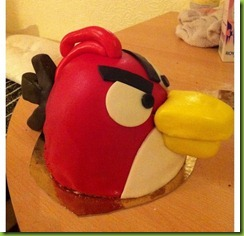 now-angry-birds-cupcakes-cakes-1