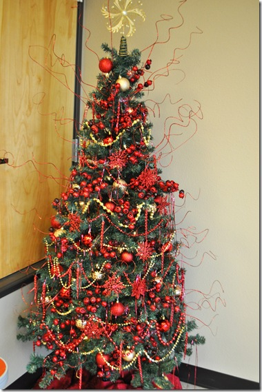 CHRISTMAS TREE (6)