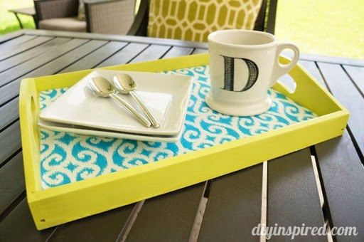 Trash-to-Treasure-DIY-Serving-Tray-How-To