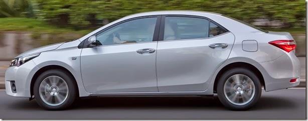 Toyota Corolla 2015 (4)
