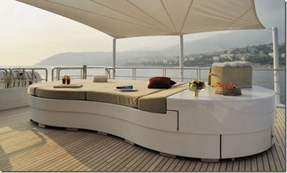 luxury-yachts-toys-32