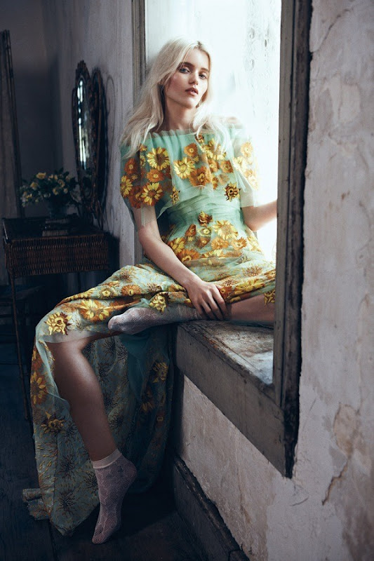 Abbey Lee Kershaw by Lachlan Bailey (Bloom Forth - Vogue China May 2012) 3