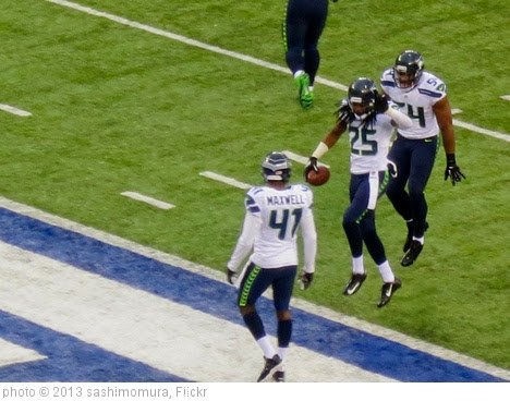 'Richard Sherman interception' photo (c) 2013, sashimomura - license: http://creativecommons.org/licenses/by/2.0/