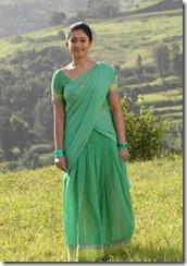 poonam-bajwa-as village girl