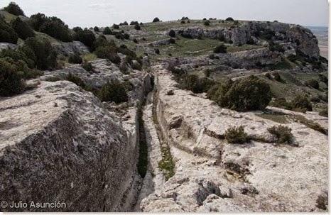 Vía principal del poblado ibérico del Castellar de Meca - Ayora
