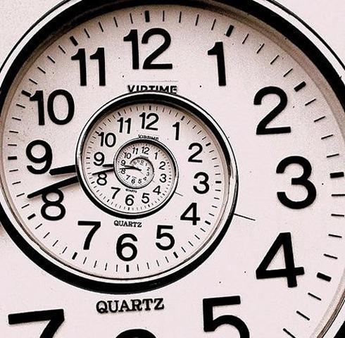 clock,time,manipulation,photoshop,cool-6a47363b91800709621e65590940655c_h
