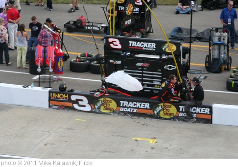 'Ty Dillon's Pit Stall' photo (c) 2011, Mike Kalasnik - license: http://creativecommons.org/licenses/by-sa/2.0/