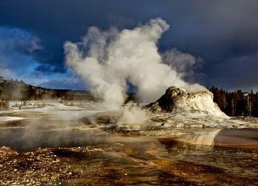 yellowstone-magma-bulging-2011_31343_600x450