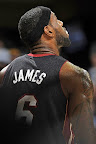 lebron james nba 131127 mia at cle 05 LBJ Wears Away 11s and... Goes Back to Elite 10s, Again!