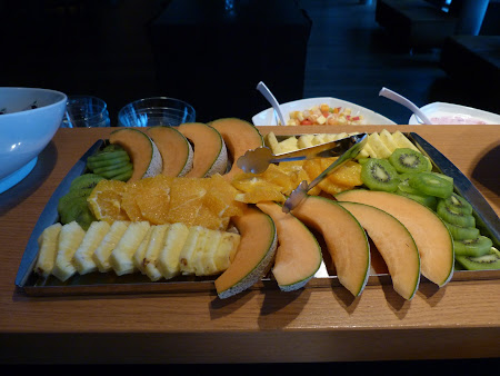 15. mic dejun fructe.JPG