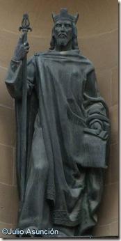 Sancho III el mayor en el Palacio de la Diputación - Pamplona