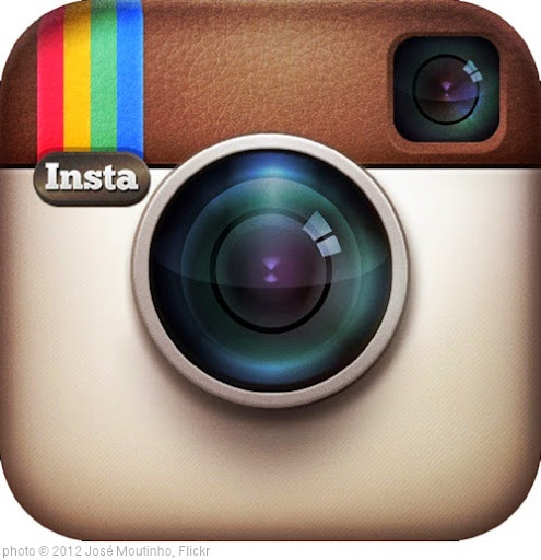 'Instagram-logo' photo (c) 2012, José Moutinho - license: https://creativecommons.org/licenses/by/2.0/