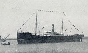 Foto de mala calidad pero buen interés histórico del vapor SAN FERNANDO. De la revista LA VIDA MARITIMA. Año 1908