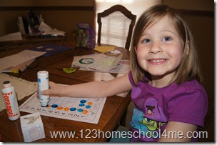Math Activities: Preschool Farm Graphing