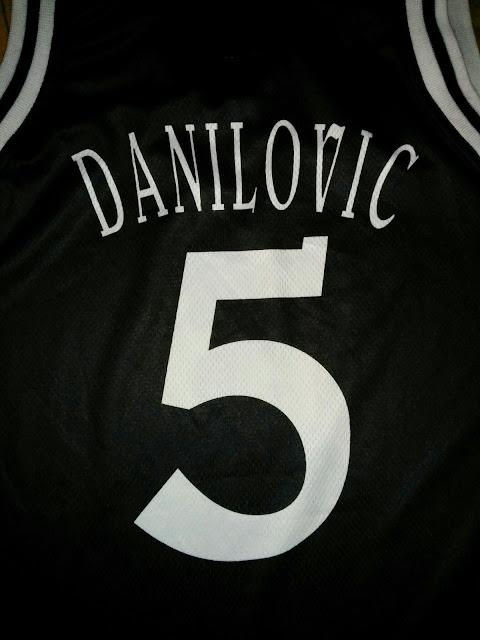 Canotta Sasha Danilovic Virtus Kinder Bologna #5 Jersey Camiseta Signed Autografata