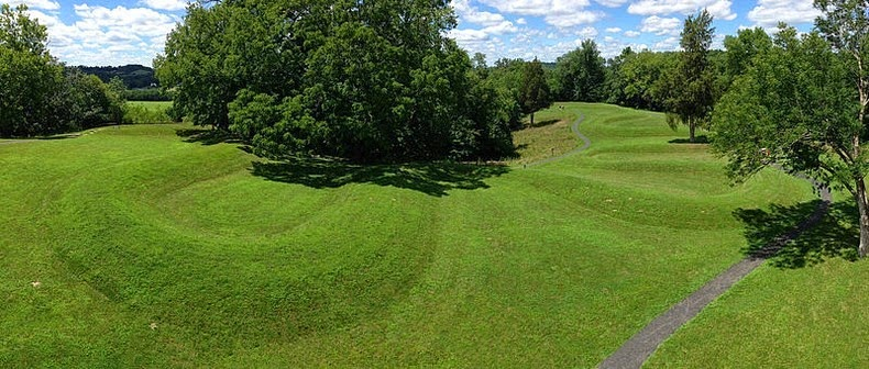 serpent-mound-ohio-1