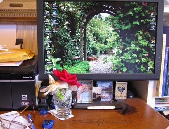 09-16-desk