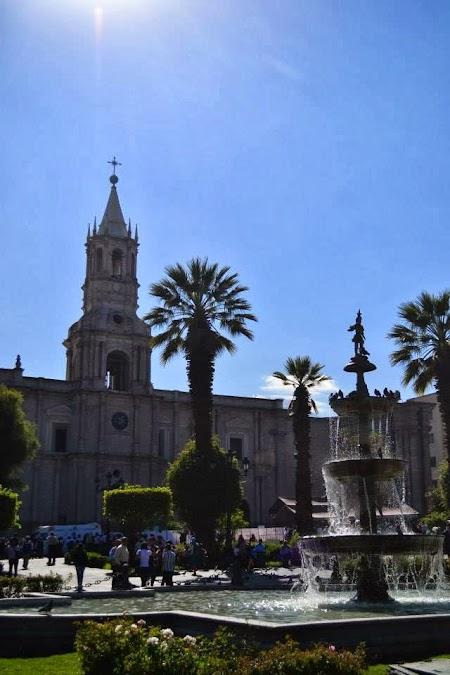 Imagini Peru: Catedrala din Arequipa