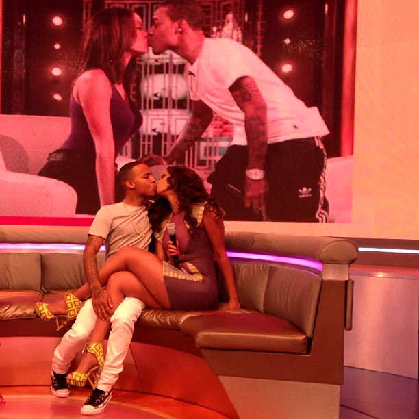 Tyra Banks Man: Tyra Banks Locks Lips With Bow Wow On BET's '106 And Park