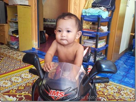 Aksi_Bogel_Atas_Motor_Superbike 1