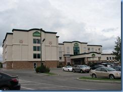0835 Alberta Calgary -Wingate hotel