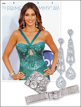 Sofia Vergara Wear 175 Jewelry at the Emmy Awards