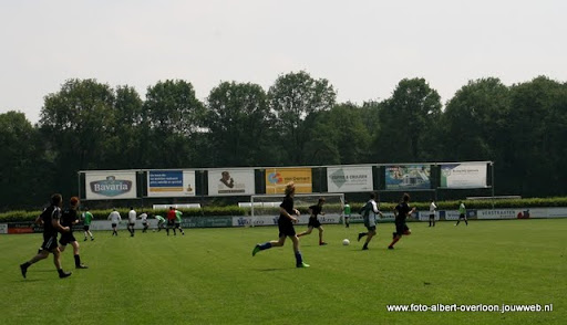 sss 18 familie en sponsorentoernooi 05-06-2011 (9).JPG