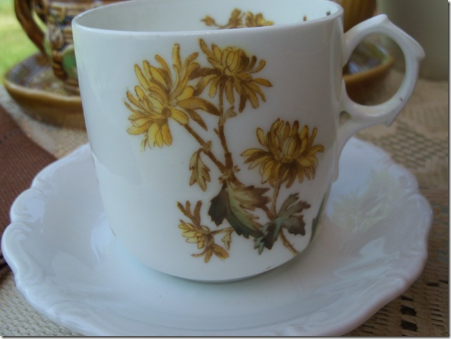 Bumble Bee Tea 002