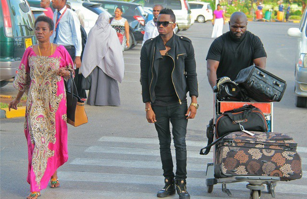 diamond photo platnumz wife and platinum now zari hassan hospitalized